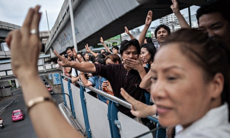 Anti-coup-protesters-in-thailand-2014